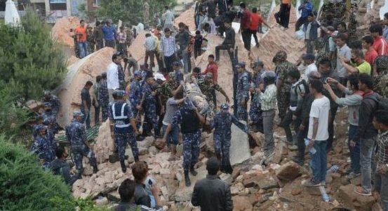 Emergenza Nepal, la rete Caritas si mobilita per gli sfollati del terremoto